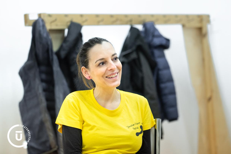 Harmincz Rita - A sárga ruhás lány - Újraterveztem interjú